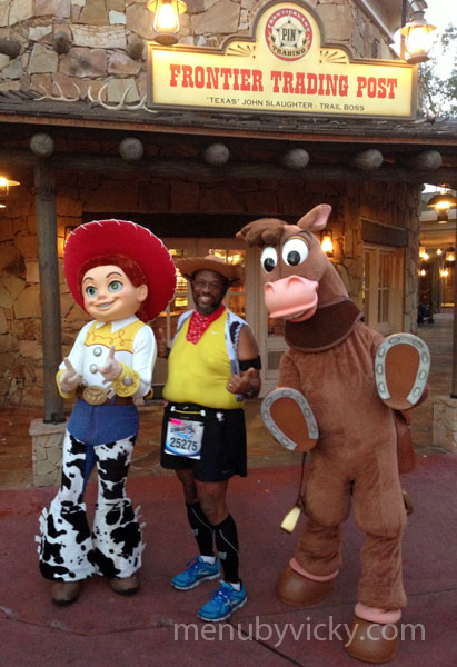 Disney World Half Marathon 2013 - Character photo