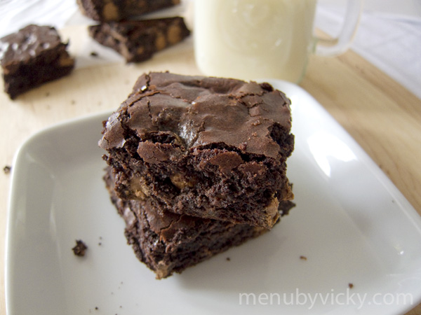 fudgy chocolate brownies fudgy white chocolate brownies recipe yummly ...